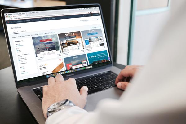 surfing laptop myconsult